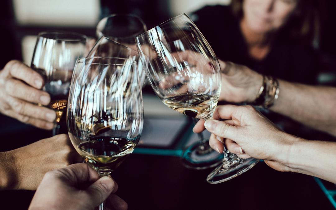 Vinsmagning – Kræs' Vinklub for kvinder